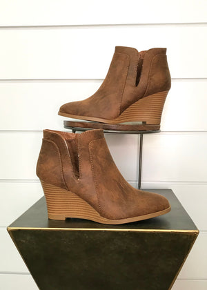 Hannah Side Slit Bootie - Milk Chocolate