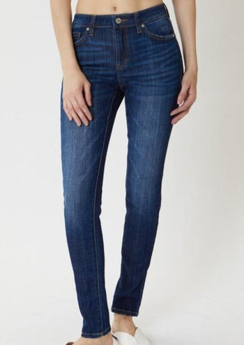 Kan Can Mid Rise Medium Wash Basic Skinny Jeans