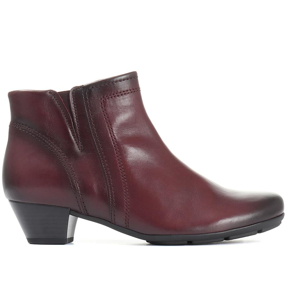 Heritage Leather Ankle Boot - GAB30562 / 316 640