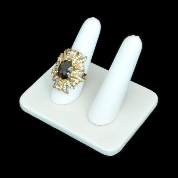 Black Velvet Double Ring Finger Display