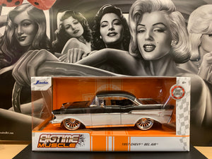 1957 Chevy Bel Air Die Cast 1/24 Scale