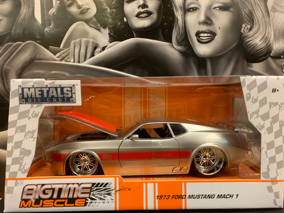1972 Ford Mustang Mach 1 Die Cast 1/24 Scale
