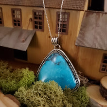 Load image into Gallery viewer, Triangular Turquoise Cabochon Native Style Pendant