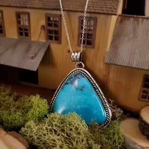 Triangular Turquoise Cabochon Native Style Pendant