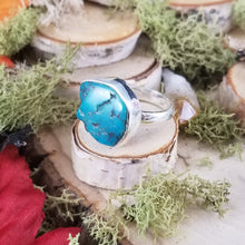Load image into Gallery viewer, Raw Turquoise Silver Ring
