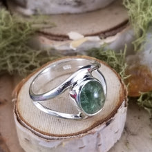 Load image into Gallery viewer, Green Tourmaline Split Band Ring
