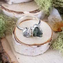 Load image into Gallery viewer, Moldavite and Diamond Quartz Side Set Ring