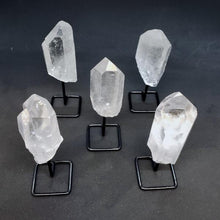 Load image into Gallery viewer, Quartz Point On Stands