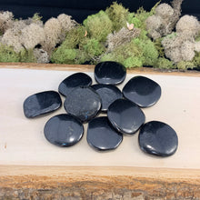 Load image into Gallery viewer, Shungite Palm Stones