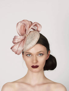 Blush Pink pillbox fascinator hat, in the style of kate middleton, ideal for wedding guest, mother of the bride, royal ascot
