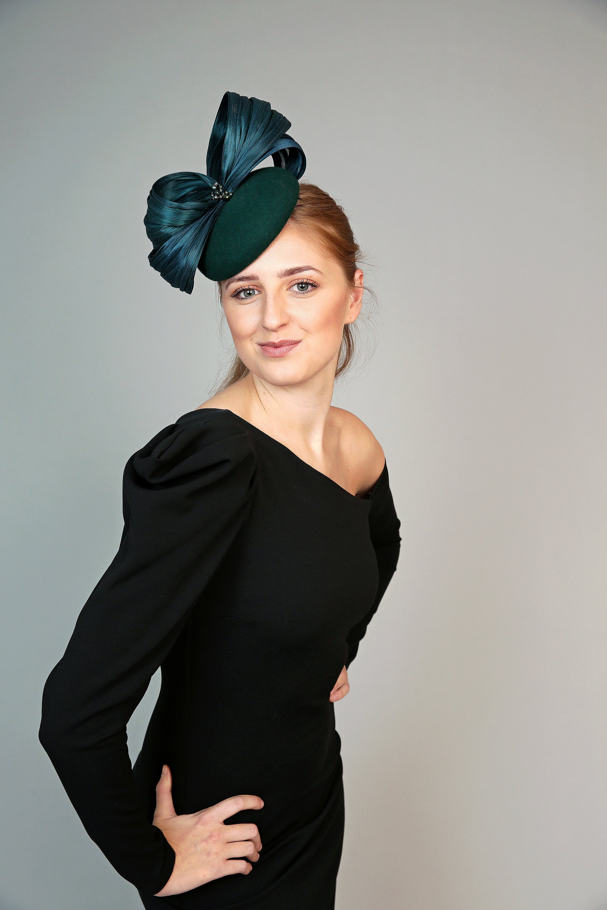 Green Felt Pillbox Hat - Winter Aurelia