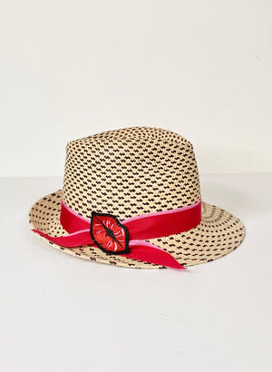 trilby Panama sun hat with lips details