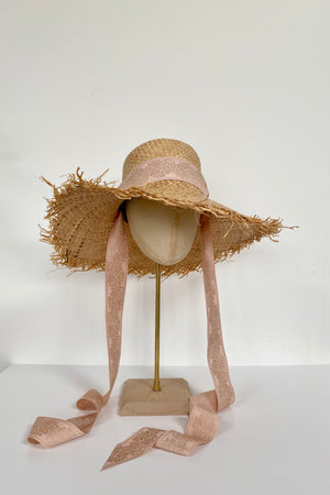 raffia sun hat with ribbin tie