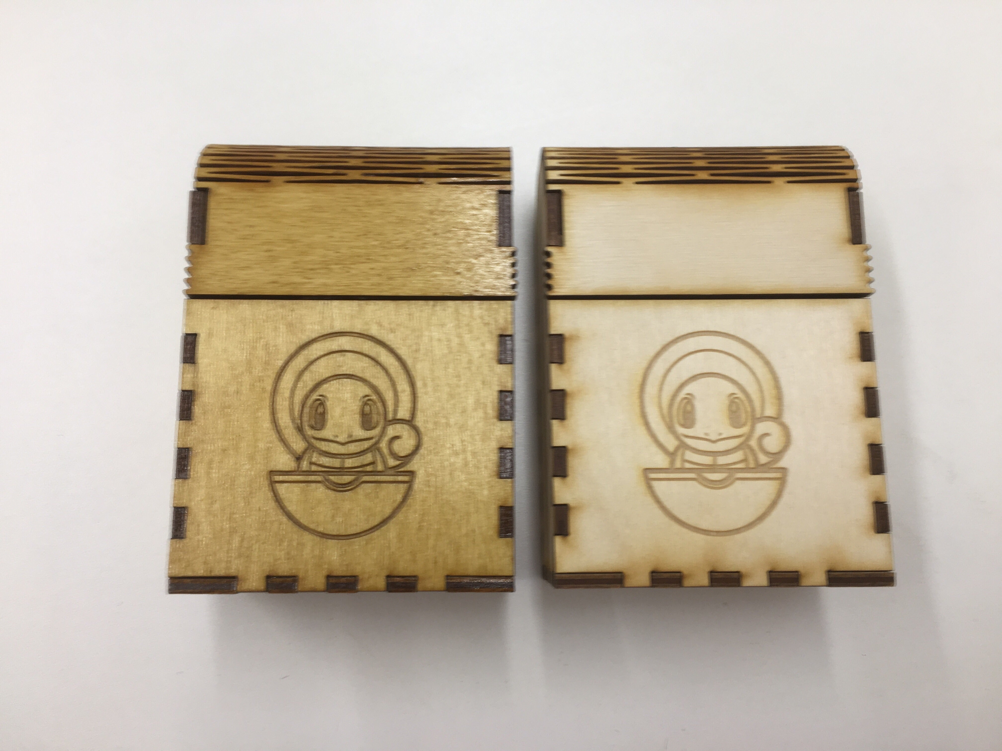 Wooden single deck box with customised engraving