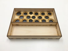 Tournament tray with magnetic sheet