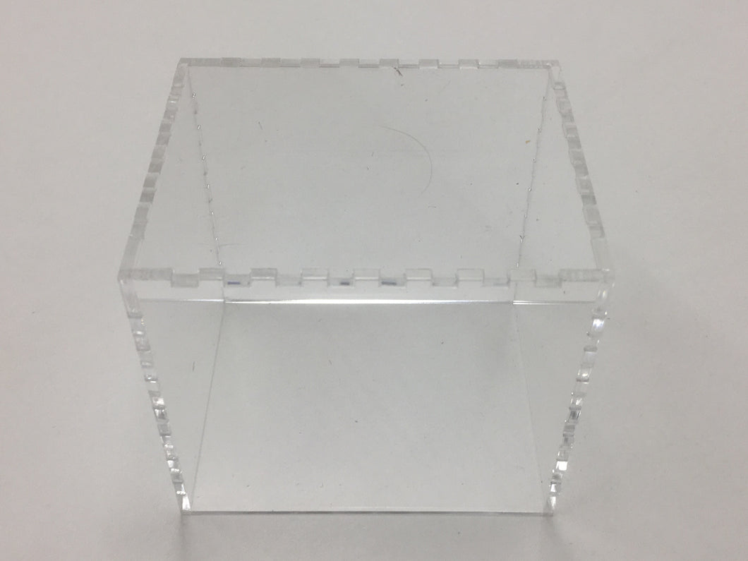Clear acrylic cover for small display/tournament tray
