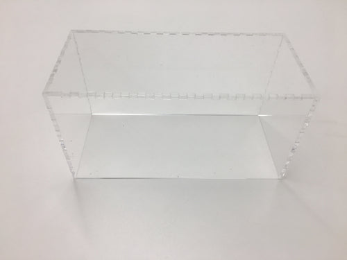 Clear acrylic cover for the medium display/tournament tray