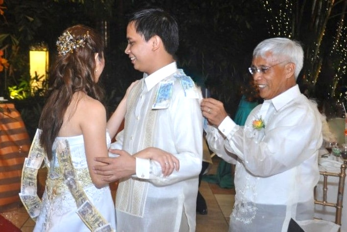 Money dance during a Filipino Wedding