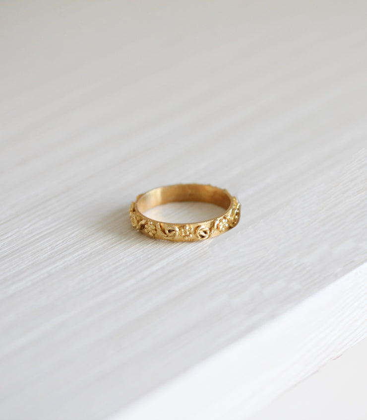 Gold Filigree Wedding Ring Band AMAMI