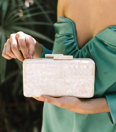 Jules Shell Clutch in Macabebe