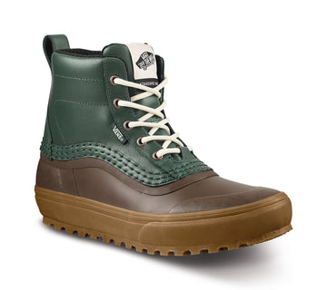 2022 Vans Standard Mid Snow Mte Boot in Jungle Green and Gum