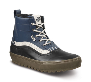 2022 Vans Standard Mid Snow Mte Boot in Navy and Gum