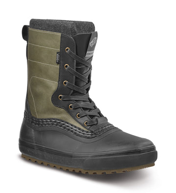 2022 Vans Standard Zip Snow Mte Boot in Raven and Black