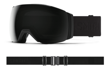 2021 Smith I/O MAG XL Snow Goggle in a Blackout Frame with a ChromaPop Sun Black Lens