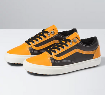 2021 Vans Old Skool Mte in Apricot/Black
