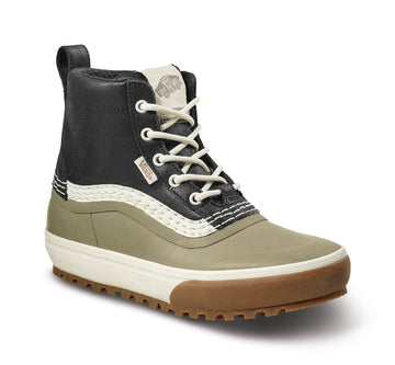 2022 Vans Standard Mid Snow Mte Boot in Black and Timberwolf