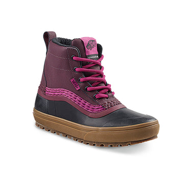 2021 Vans Standard Mid MTE Snow Boot in Port and Royale