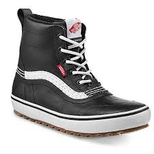 2022 Vans Standard Mid Snow Mte Boot in Black and White