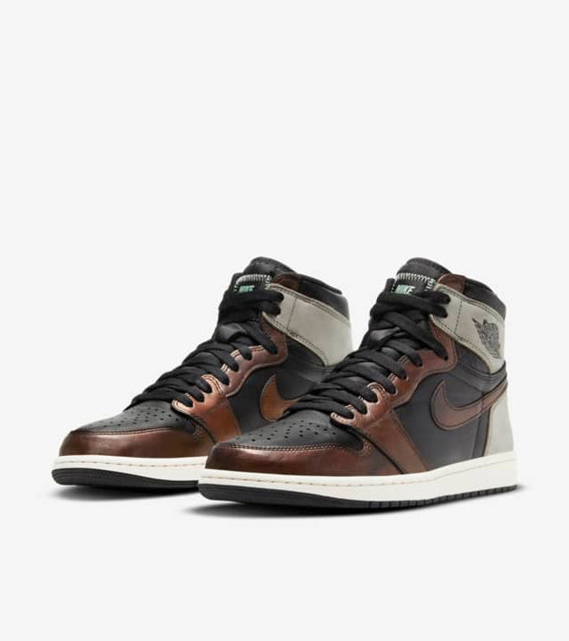 Nike Air Jordan 1 Retro High Patina