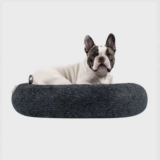 Classic Circular Dog Bed in Carbon Black, Canada Pooch Birch Bed