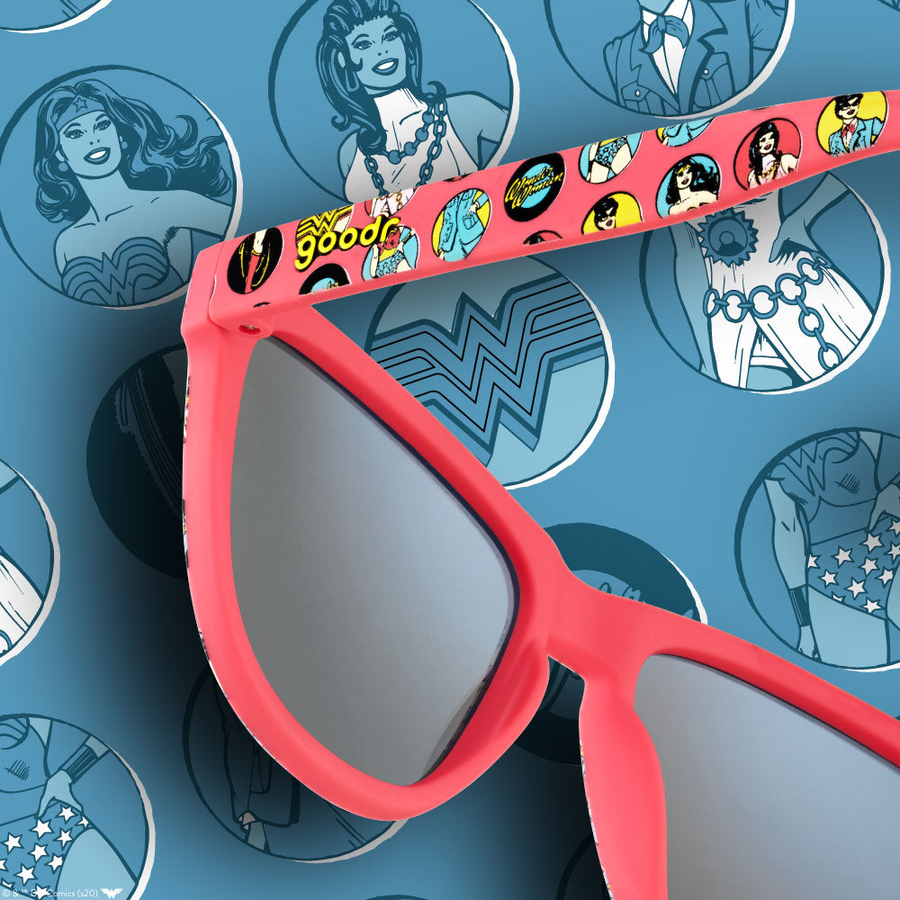 BLUE AND RED WONDER WOMAN SUNGLASSES