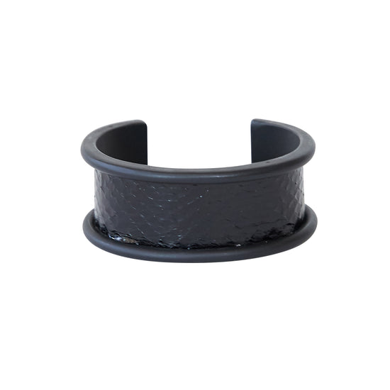 2 cm Inlay Cuff Black with Seasnake