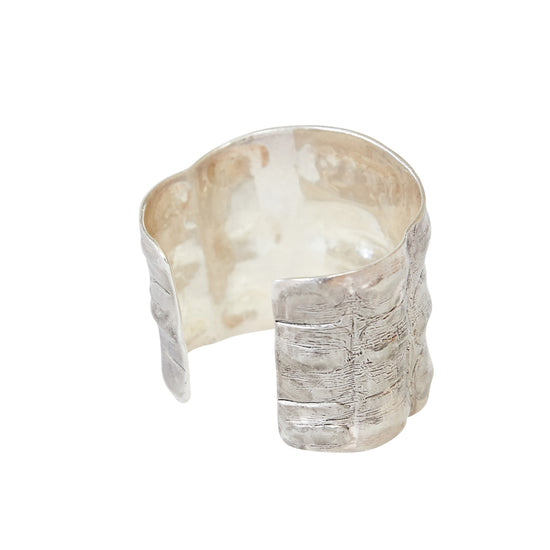 Cold Cast Croco Cuff Silver