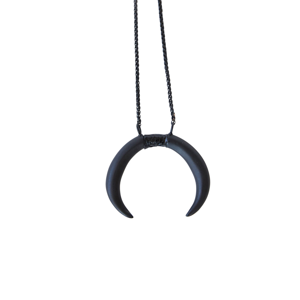 Double Horn Pendant Black with Black Seasnake Inlay