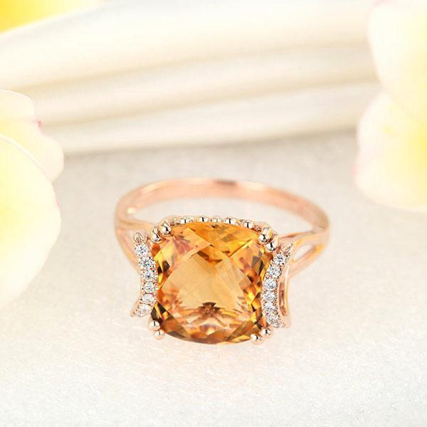 Citrine (6ct) Ring in 14k Rose Gold with Diamonds (0.1ct) 14K Gold Engagement Rings Oanthan