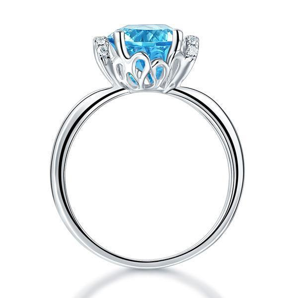 Swiss Blue Topaz (2ct) Ring in 14k White Gold with Diamonds (0.1ct) 14K Gold Engagement Rings Oanthan