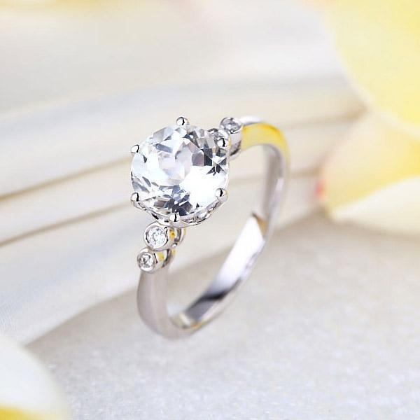 White Topaz (2ct ) Ring in 14k White Gold with Diamonds (0.038ct) 14K Gold Engagement Rings Oanthan