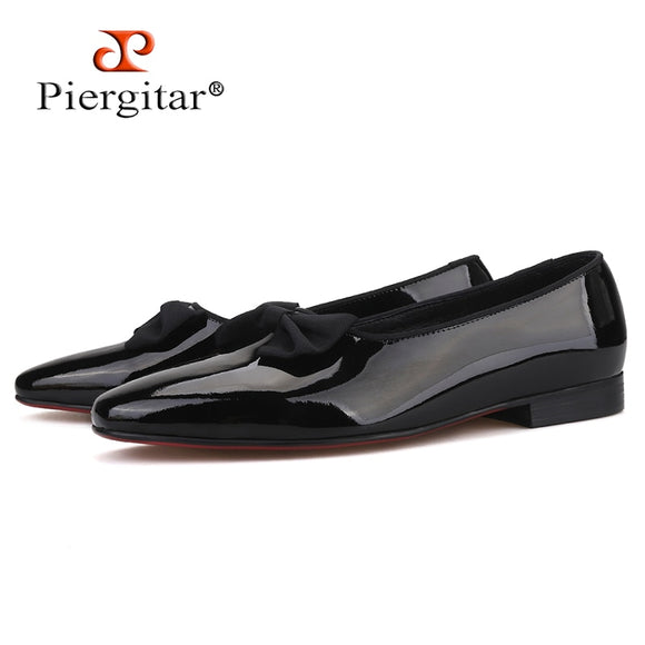 Piergitar 2019 Handmade men patent leather shoes with new bow-knot Fashion men loafers red bottom men's casual shoes plus size
