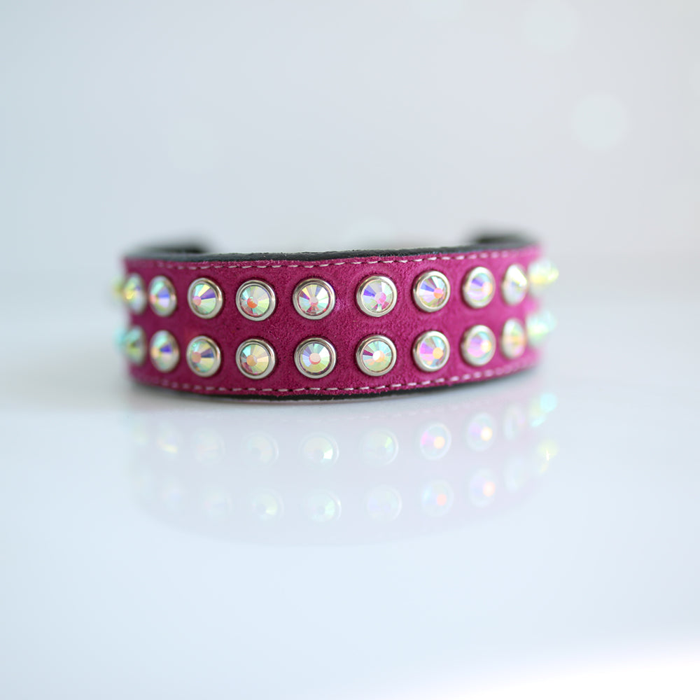 Mucho Crystal Dog Collar: Hot Pink