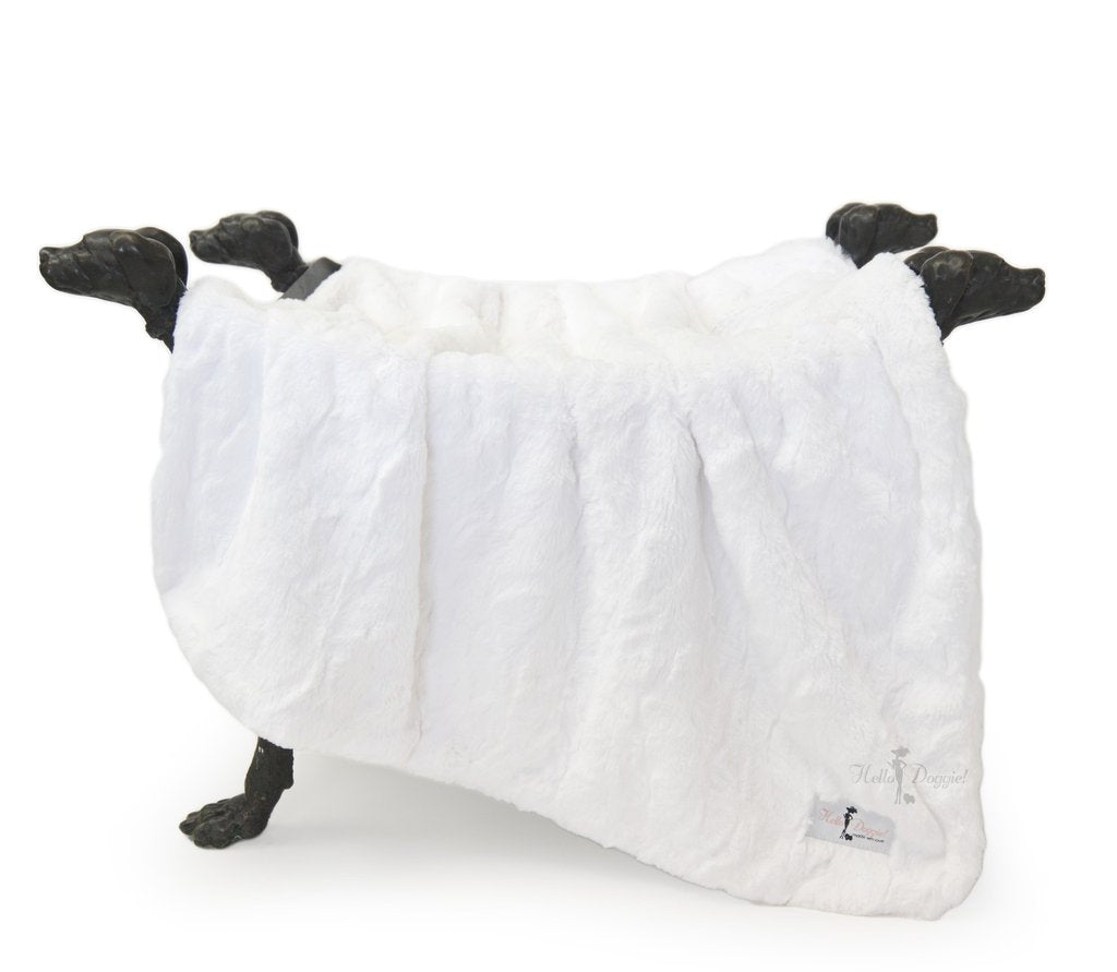 Bella Dog Blanket: White/Heaven