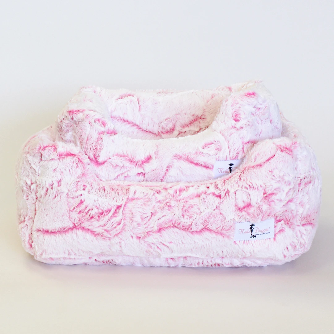 Whisper Dog Bed: Carnation