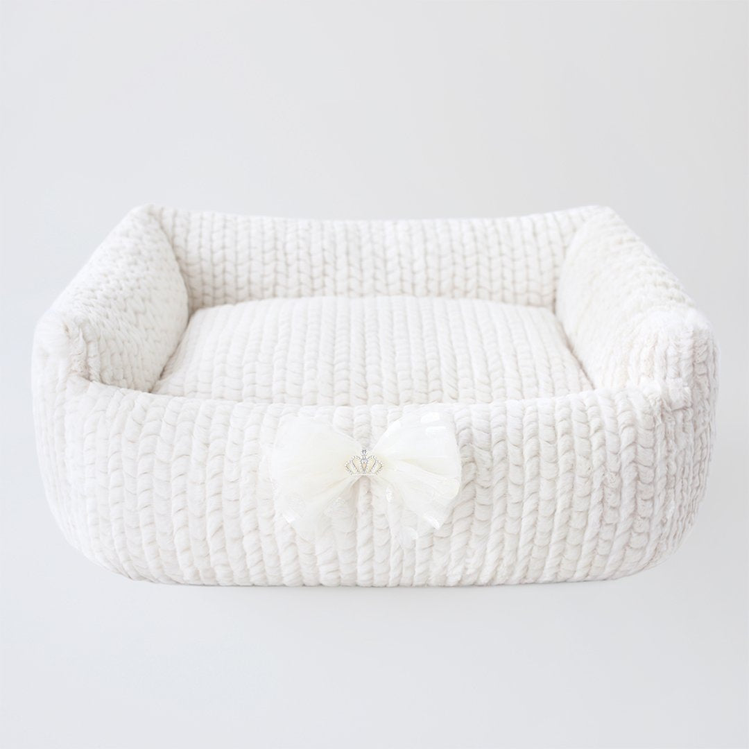Dolce Dog Bed: Ivory