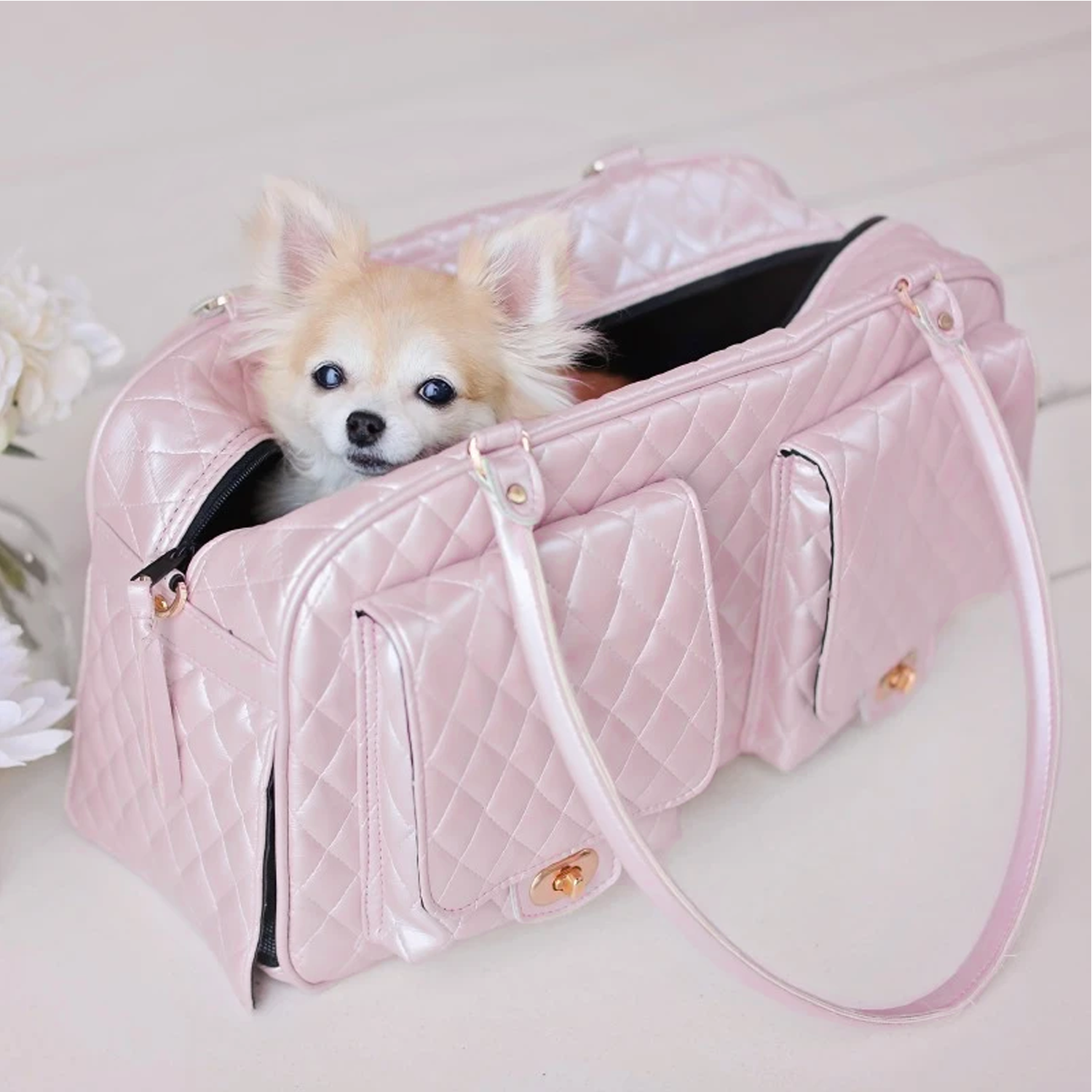 Quilted Marlee Dog Carrier: Pink