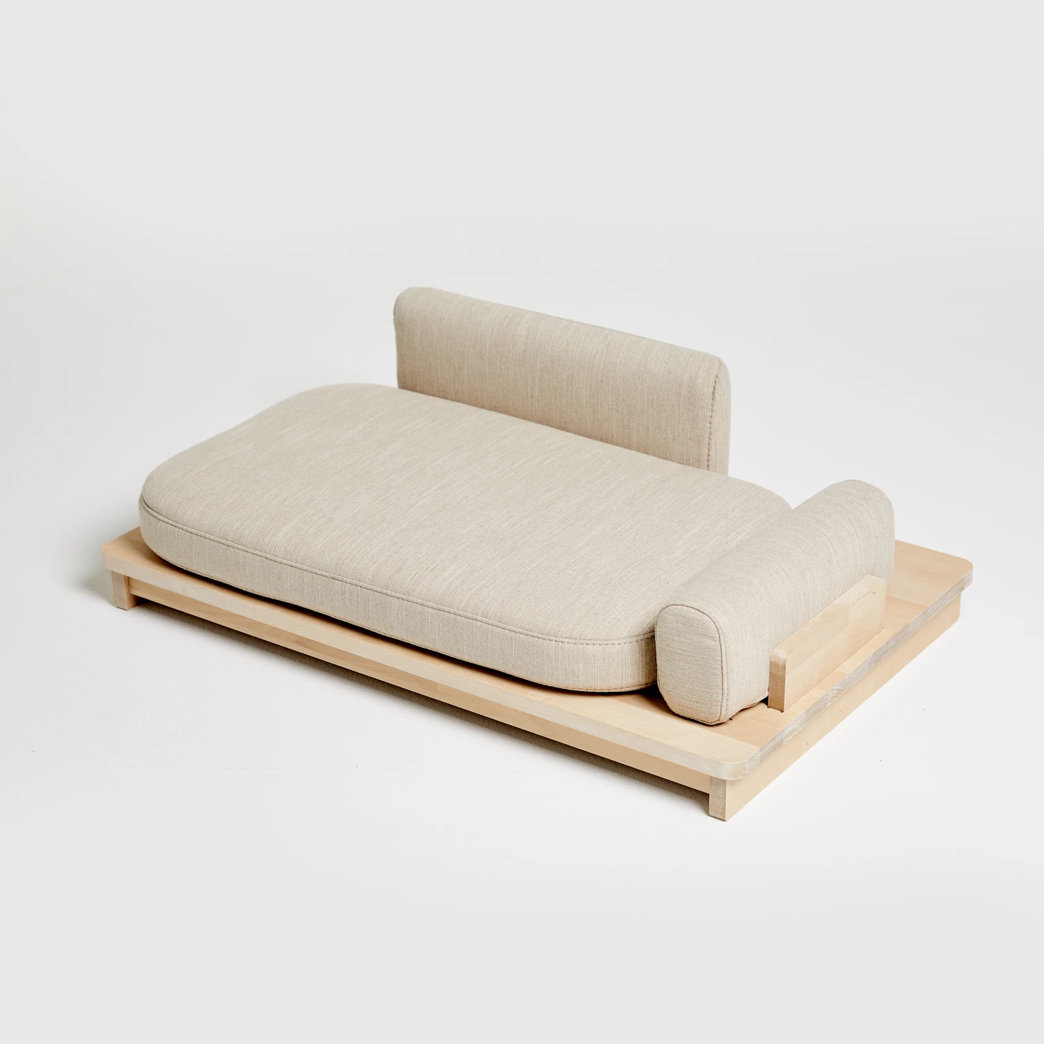 Linden Day Dog Bed: Oatmeal