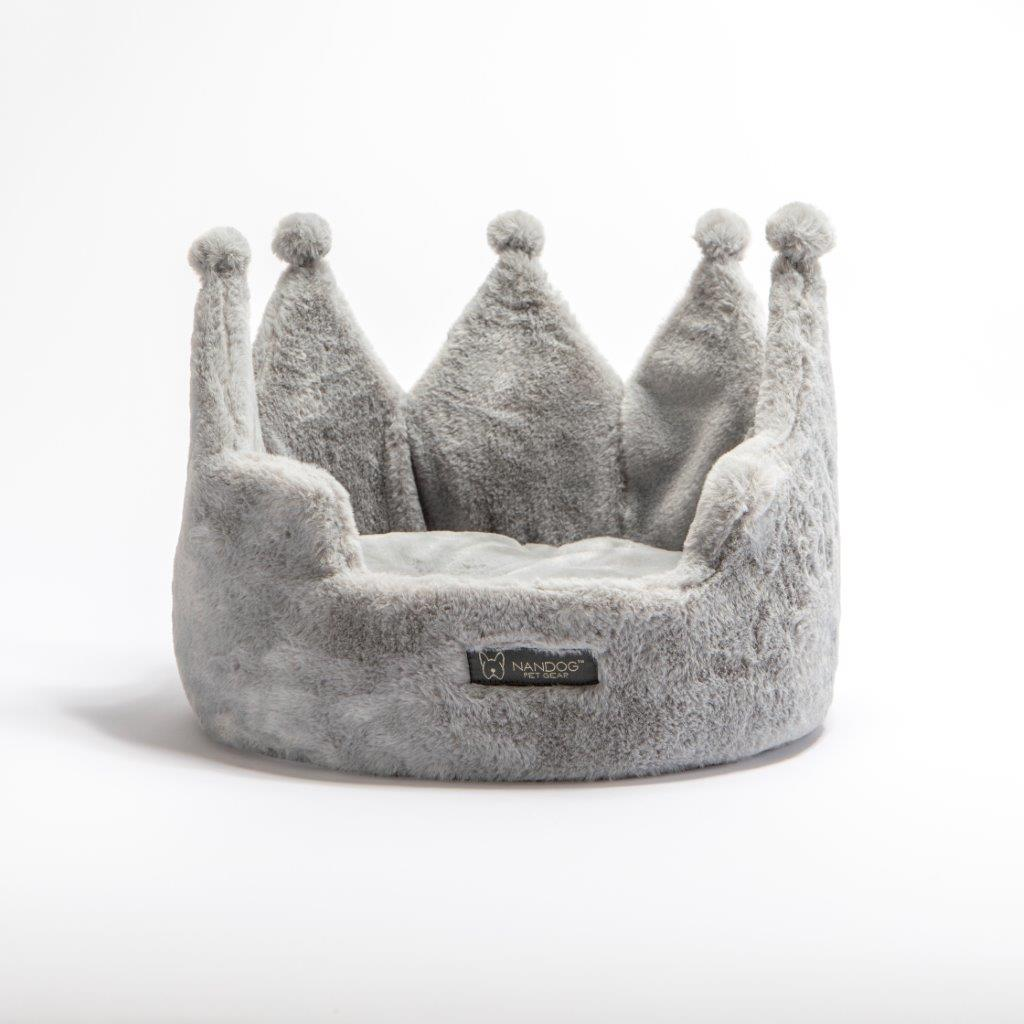 Crown Dog Bed: Gray