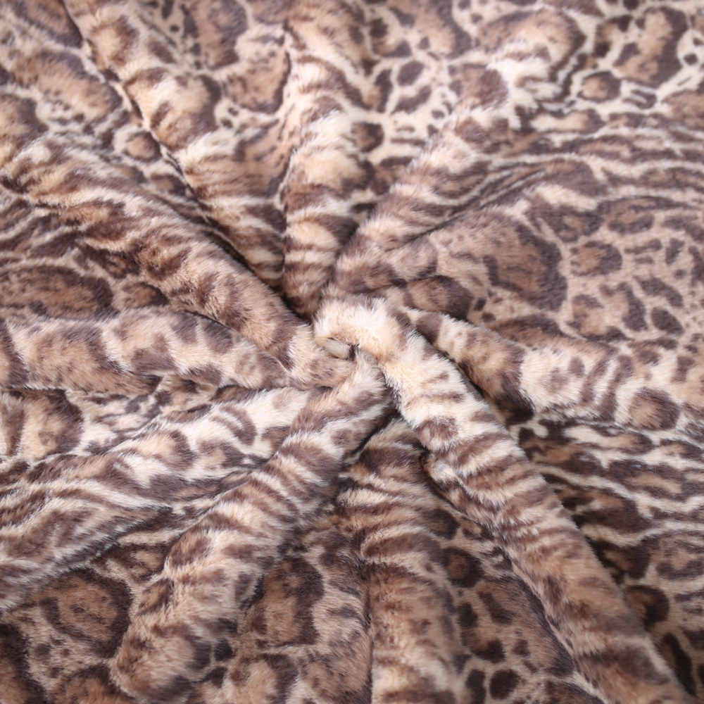 Deluxe Dog Blanket: Jungle Cat